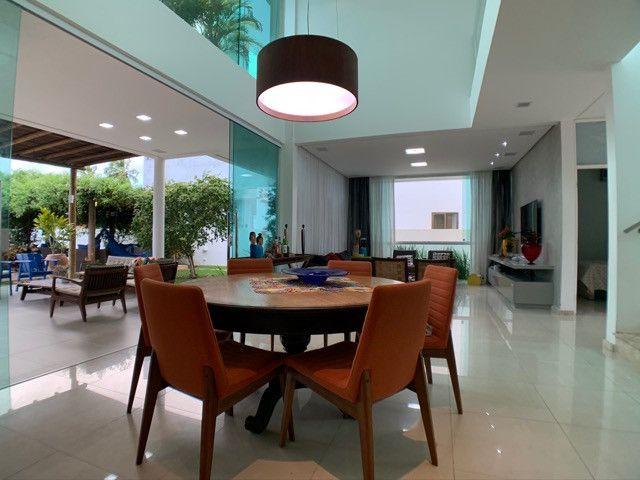 Casa linda e aconchegante com 4 suítes e localizada no Condomínio Laguna. - Foto 10