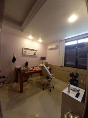Casa Duplex,  4 suites c/ Hidro, Escritório, 6 carros. - Foto 9