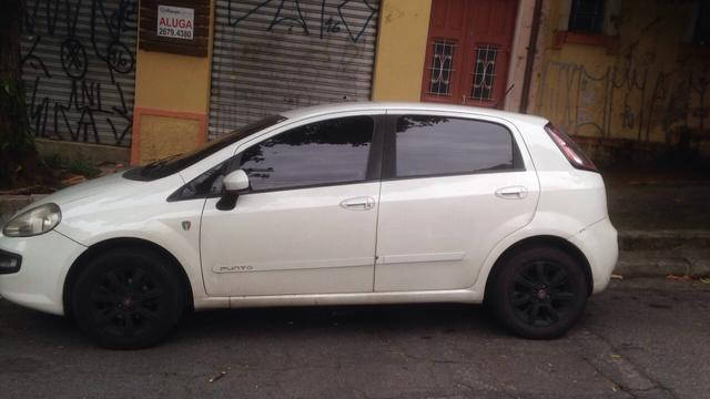 fiat punto italia branco 2013 2013 carros jardim tupanci barueri olx. Black Bedroom Furniture Sets. Home Design Ideas