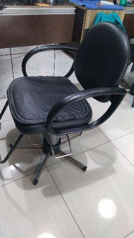 2 cadeiras para salão ou barbearia