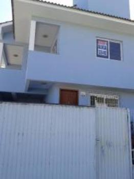 Casa no Santa Mônica - 03 quartos (01 suíte)