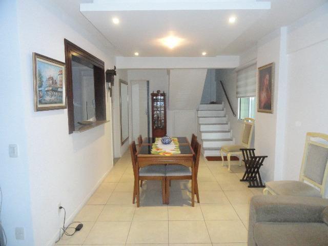 Apartamento Duplex em Botafogo, 2 varandas, 2 Suítes