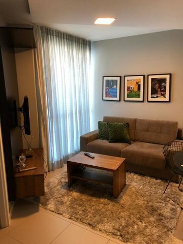 Apartamento Tancredo Neves Mundo Plaza 2 suítes finamente decorado 2 vagas Nascente - Foto 17