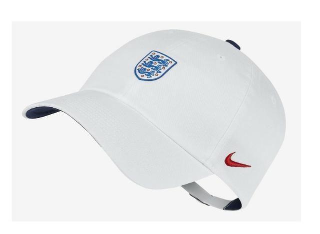2fb8bdbd49a58 Bone Nike Inglaterra Selecao H86 branco - Esportes e ginástica ...