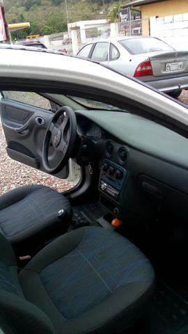 Celta VHC 5 portas 2004 - Foto 4