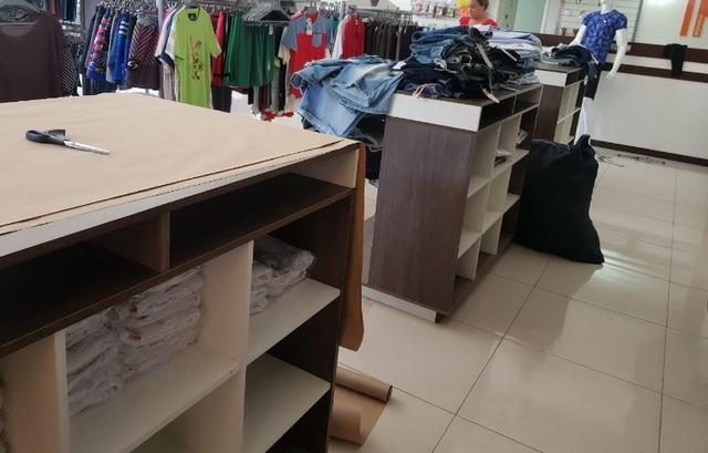 Vendo móveis de loja de roupas e acessórios em geral - Foto 4