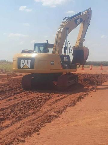Escavadeira Hidraulica CAT 320 D2