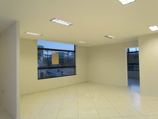 Sala comercial 120 m² Tatuquara - Foto 6