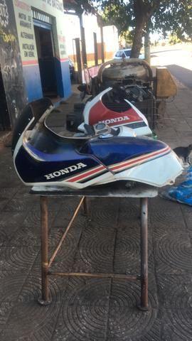 Moto 7 galo