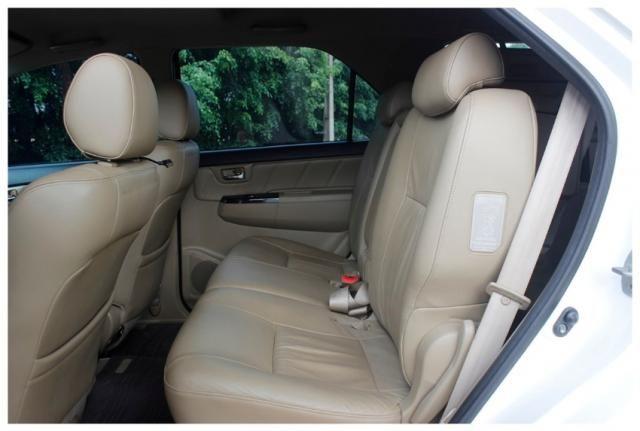 Toyota Hilux Sw4 SRV 4x4 4P - Foto 9