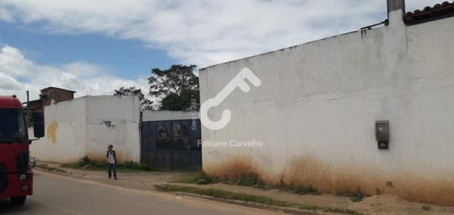 SÃO SEBASTIÃO DO PASSÉ, Centro! Galpão com 1.400m² com área edificada coberta. R$3.200,00. - Foto 2