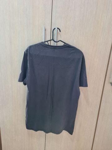 Camiseta LEVIS' - Foto 2