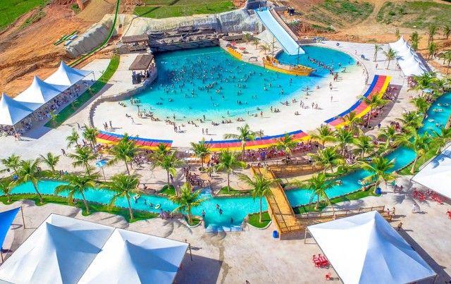 Lote em parque aquático Minas Beach