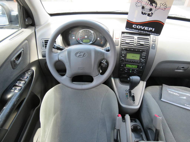 Hyundai Tucson GLS 2.0  - Foto 9