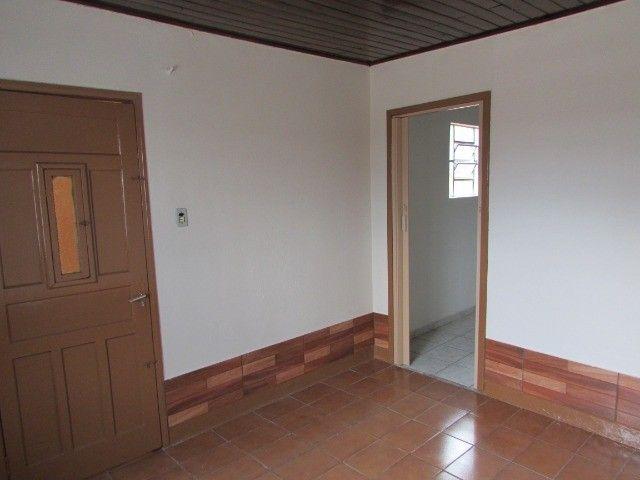 PrOpRieTáRiO aluga casa C/ Garagem + 1 Quarto + Sala + Etc, em Itaquera, Parque do Carmo - Foto 2