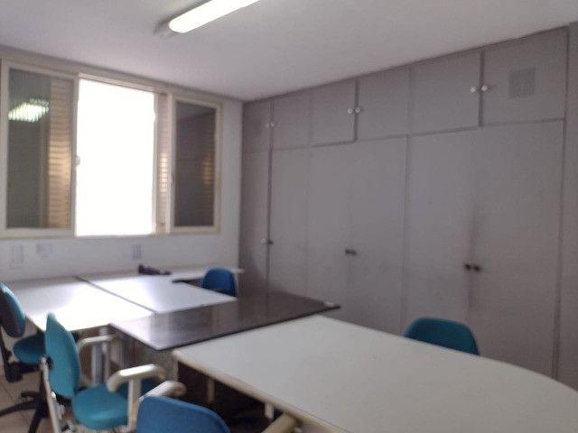 Alugo Salas para Escritório - Casa Comercial - Foto 2