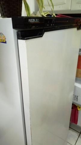 Freezer vertical - Foto 6