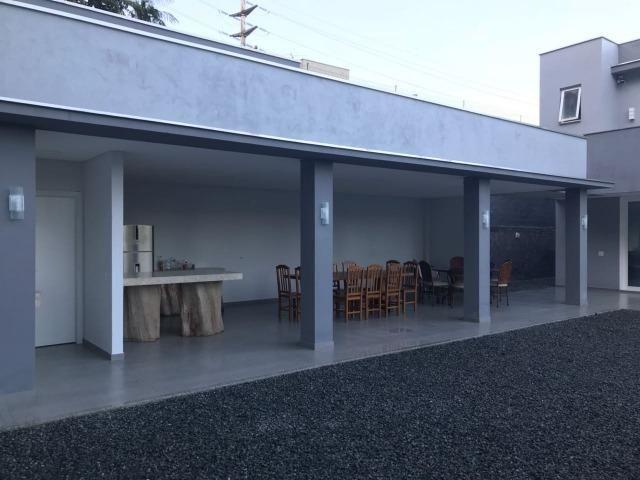 Linda casa 3 suites bairro Gloria em Joinville - Foto 13