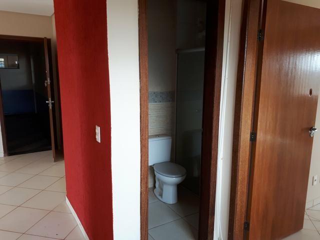 Rua 10 casa com 5 quartos condomínio top troca 9  * - Foto 3