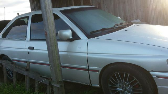 Black 1993 ford escort