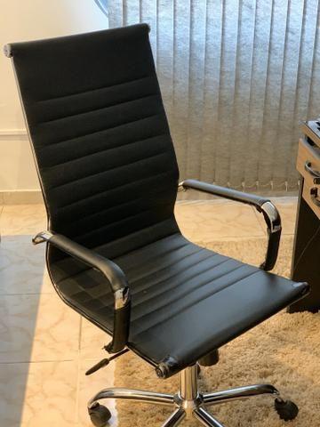 Jogo de 3 cadeiras para escritório