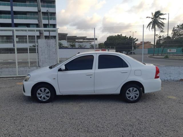 Etios Sedan X 1.5 Flex, completo, mecânico, cor branco - Foto 5