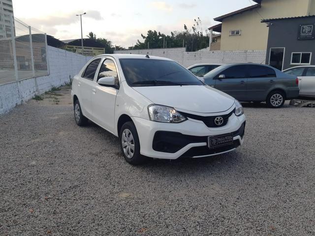 Etios Sedan X 1.5 Flex, completo, mecânico, cor branco - Foto 2