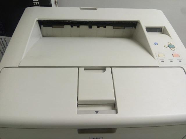 Impressora HP LaserJet 5200tn - Foto 2