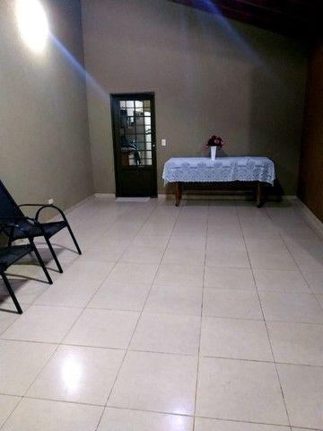 Linda Casa Próxima Shopping Norte Sul Plaza com 4 Quartos - Foto 14