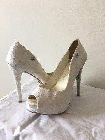 Sapato de noiva Carmen Steffens 37