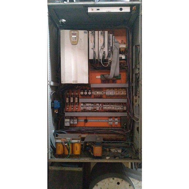 Torno vertical CNC Siemens morando 1 m de volteio - VN25 Usado - Foto 6