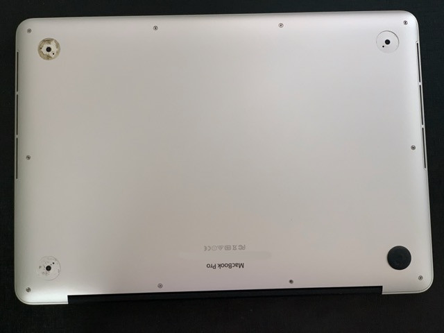 MacBook Pro Retina (Early 2015) 13 polegadas 512GB Intel Core i5 Dual Core 2,9GHz - Foto 2