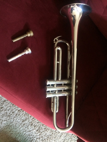 Vendo trompete YAMAHA  - Foto 3