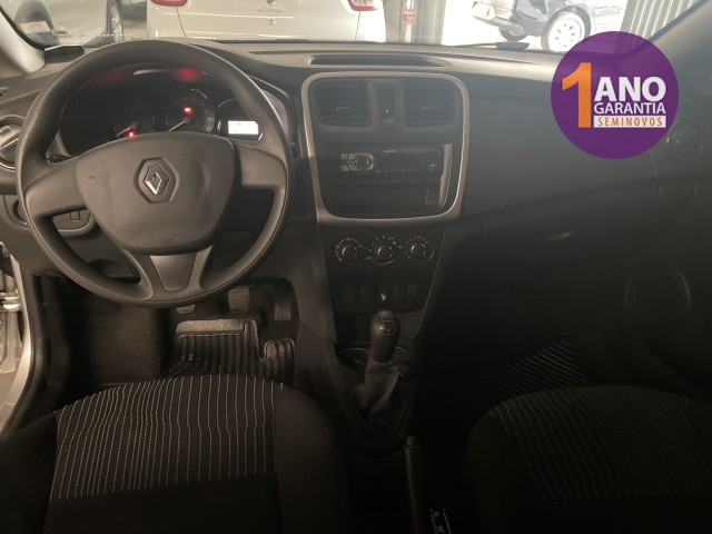 Renault Logan Authentique 1.0 12V SCe (Flex) - Foto 7