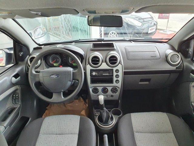 Fiesta Sedan 1.6 2014 - 68.000KM - Foto 7