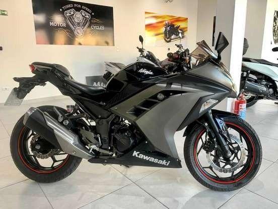 Kawasaki Ninja 300 2015 - Impecável!!! - Foto 2