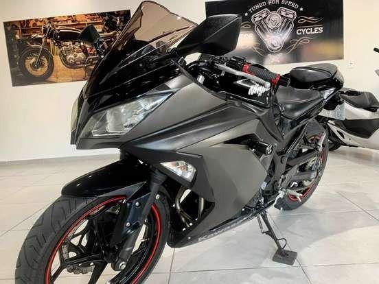 Kawasaki Ninja 300 2015 - Impecável!!!