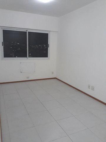 Maravilhoso apartamento 3qtos sendo um suíte  - Foto 11