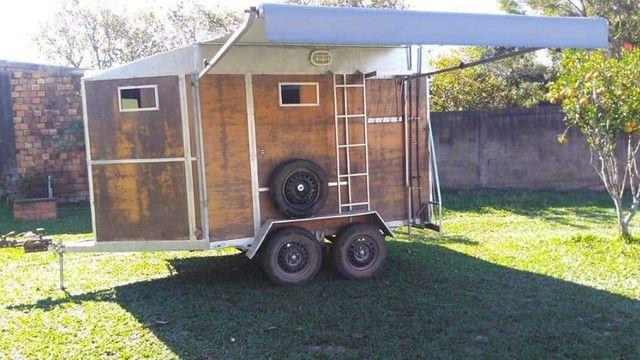 vende-se reboque alongado com banheiro - Foto 8