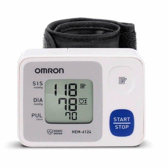 Aparelho medidor de pressão digital braço