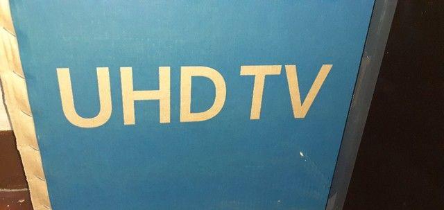 """Televisão Samsung de 55"""" com tela trincada, na caixa de fábrica.  - Foto 2"""