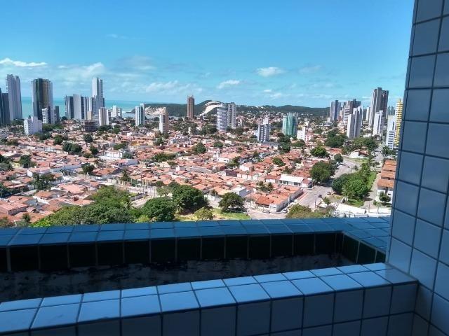 Vendo apartamento no Condomínio Lual de Ponta Negra 56m² 2/4 sendo uma suite, andar alto
