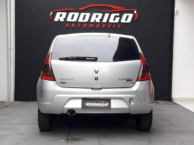 Renault Sandero Exp 1.0 - 2010 - Foto 11