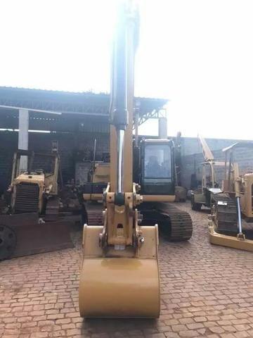 Escavadeira Hidraulica CAT 320 D2 - Foto 6