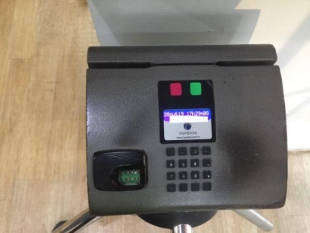 Catraca academia semi-nova Biométrica Topdata - Foto 3
