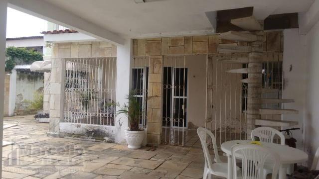 Casa com 5 Quartos à Venda, 360 m² por R$ 620.000 - Foto 7