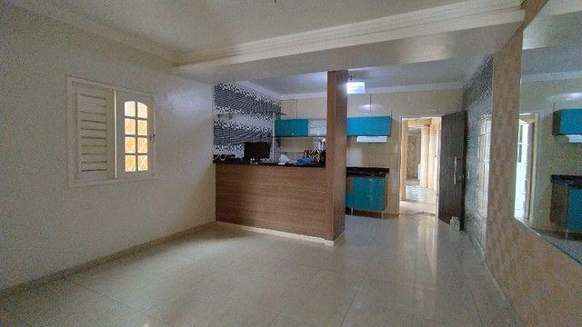 Casa com 04 Apartamentos na Parquelândia - Foto 4