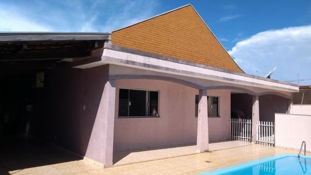 Casa com Piscina na Vila Jacy - oportunidade - Foto 2