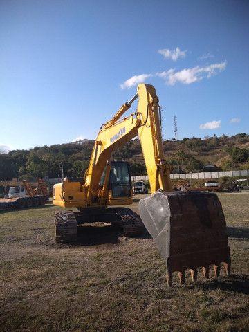 Escavadeira Hidráulica PC 200 - Foto 3