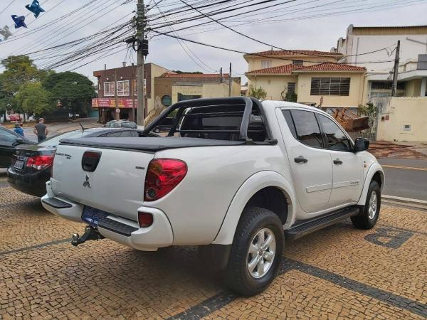 L200 TRITON 2014/2015 2.4 HLS 4X2 CD 16V FLEX 4P MANUAL - Foto 4